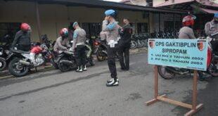 Sat Lantas dan Sipropam Polres Pidie Melaksanakan Razia Kendaraan Anggota Polri