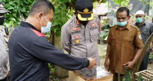 Kapolres Pidie Kunjungi Kampung Tangguh Aceh di Gampong Tiba Masjid, Dan Budidaya Lebah Kelulut (Madu Linot)